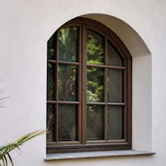 Windows by homify, Rustic Wood Wood effect