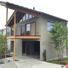 M様邸 新築工事: 株式会社山崎屋木工製作所 Curationer事業部が手掛けた窓です。