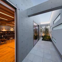 Y9-house 「空中の造形」: Architect Show co.,Ltdが手掛けたテラス・ベランダです。