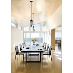 Truro Modern Beach House:  Dining room by ZeroEnergy Design