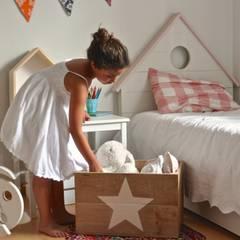 Decoración - Cajas: Dormitorios infantiles de estilo  de HAPPY HOME BARCELONA
