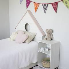 Nursery/kid's room by HAPPY HOME BARCELONA