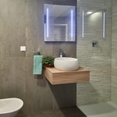 Casa modular: Casas de banho  por ClickHouse