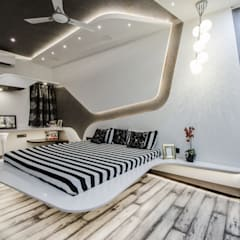 Villa Interior :  Bedroom by Maulik Vyas Architects