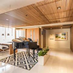 APARTAMENTO 10A GRAND EUROPA: una vivienda a 3 ritmos: Pasillos y vestíbulos de estilo  por NMD NOMADAS