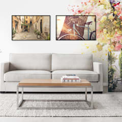 Romantic Alley: classic Living room by Pixers