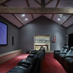 House 141:  Media room by Andrew Wallace Architects