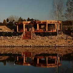 Altana w Nakle nad Notecią: styl rustykalne, w kategorii Domy zaprojektowany przez Organica Design & Build