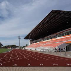Estádio Olímpico Univates: Estádios  por Tartan Arquitetura e Urbanismo