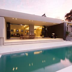 Let The Light In:  Houses by Spiro Couyadis Architects,