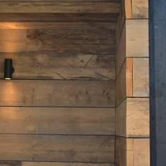 Timber:  Garden by Robert Hughes Garden Design