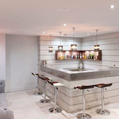 Great Yeldham - Essex:  Wine cellar by en masse bespoke