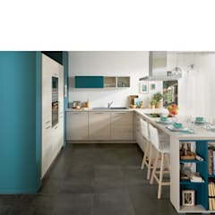 Ideal kitchen for family of 4:  Kitchen by Schmidt Kitchens Barnet