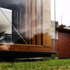 AMPLIACIÓN / proyecto de autoconstrucción con materiales de demolición Dormitorios rústicos de juan olea arquitecto Rústico Madera Acabado en madera
