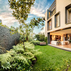 Casa CSF: Jardines de estilo  por Lopez Duplan Arquitectos