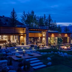 Vail Valley Retreat:  Houses by Andrea Schumacher Interiors