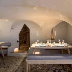 Rauchhaus Seeon Interior Design:  Gastronomie von BESPOKE GmbH // Interior Design & Production
