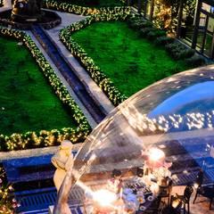 Bar sous bulle Hôtel du Collectionneur: Bars & clubs de style  par JC Keller