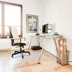 Clean Look: styl , w kategorii Domowe biuro i gabinet zaprojektowany przez Perfect Space