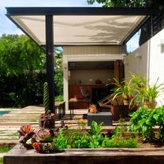 Casa SIRI · Paula Herrero | Arquitectura: Jardines de estilo  por Paula Herrero | Arquitectura,Moderno