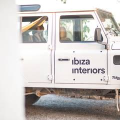 Projekty,  Garaż zaprojektowane przez Ibiza Interiors - Nederlandse Architect Ibiza