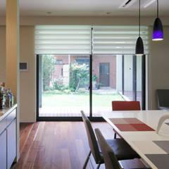 集う家: 一級建築士事務所あとりえが手掛けた窓です。
