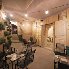 Bars & clubs by Viviana Pitrolo architetto