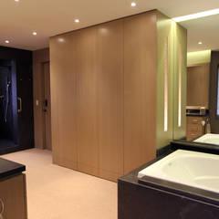PH - MS: Vestidores y closets de estilo  por ARCO Arquitectura Contemporánea