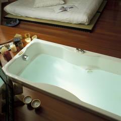 VASCA AD INCASSO: Camera da letto in stile in stile Asiatico di ROBERTA DANISI ARCHITETTO
