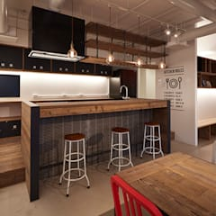 "ShareHouse ""JYU-JYU"": SWITCH&Co.が手掛けたキッチンです。"