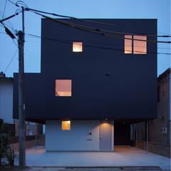 منازل تنفيذ 桑原茂建築設計事務所 / Shigeru Kuwahara Architects
