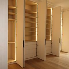 MASPERO: Chambre de style  par SA2L RENOVATIONS PRIVEES