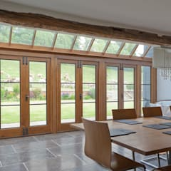 Barn Conversion with Oak Conservatory:  Conservatory by Vale Garden Houses