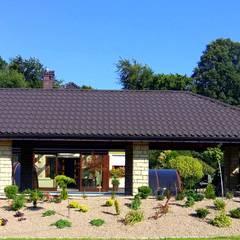 OGRÓD ZIMOWY W BIELSKU-BIAŁEJ: styl , w kategorii Ogród zimowy zaprojektowany przez ARCHITEKCI KOJDER