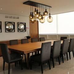 Departamento RK: Comedores de estilo moderno por Concepto Taller de Arquitectura