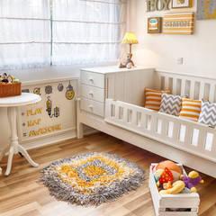 Dormitorio infantil  | MODERNO Y ACOGEDOR: Dormitorios infantiles de estilo moderno por G7 Grupo Creativo