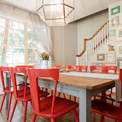 Modern Farmhouse Dining Room:  Dining room by Larina Kase Interior Design