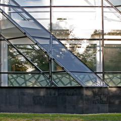 Centrum Dydaktyczno-Badawcze Nanotechnologii ZUT: styl , w kategorii Szkoły zaprojektowany przez SPIN Bobko i Staniewski sp.j.