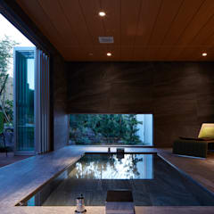披露山_海の家: Mアーキテクツ|高級邸宅 豪邸 注文住宅 別荘建築 LUXURY HOUSES | M-architectsが手掛けた浴室です。