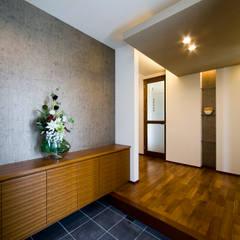 Corridor and hallway by Franka