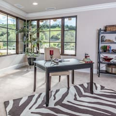 Santaluz Vacant Staged to Sell:  Study/office by Home Staging by Metamorphysis