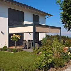 Outdoor Räume:  Garten von Textile Sonnenschutz- Technik