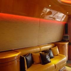 Iluminación LED, Yate Enterprise: Yates y jets de estilo moderno por Iluminación LED