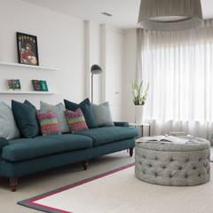 Living Room: modern Living room by Maklin & Macrae