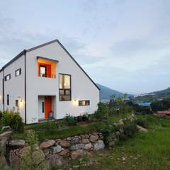 남양주 이강하우스 - 교사의 은퇴계획 1호, 자연속에 집짓기: 주택설계전문 디자인그룹 홈스타일토토의  주택