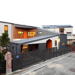 대전하기동 - 프라이버시 최우선의 'ㄷ'자 중정형주택 모던스타일 주택 by 주택설계전문 디자인그룹 홈스타일토토 모던