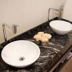 :  Bathroom by Mariana Von Kruger Emme Interiores