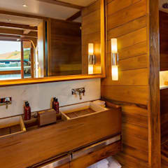 Amandira Yacht:  Yachts & jets by Deirdre Renniers Interior Design,Asian Wood Wood effect