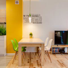 Energiczne wnętrze: styl , w kategorii Jadalnia zaprojektowany przez Perfect Space