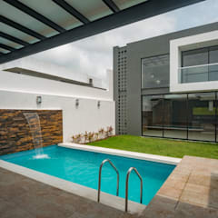 Pool by ROKA Arquitectos, Minimalist Tiles